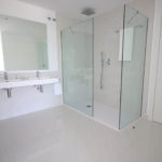 apartment-for-sale-bathroom