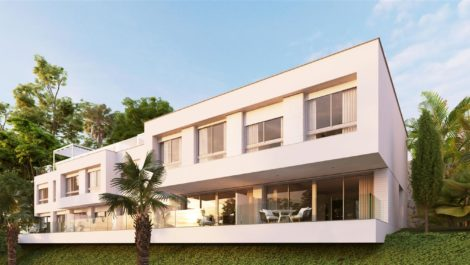 Contemporary townhouse on the New Golden Mile