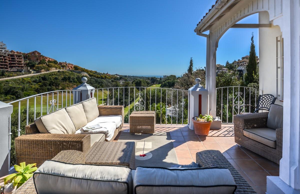 4 bedroom Villa for sale in Elviria – R3718721