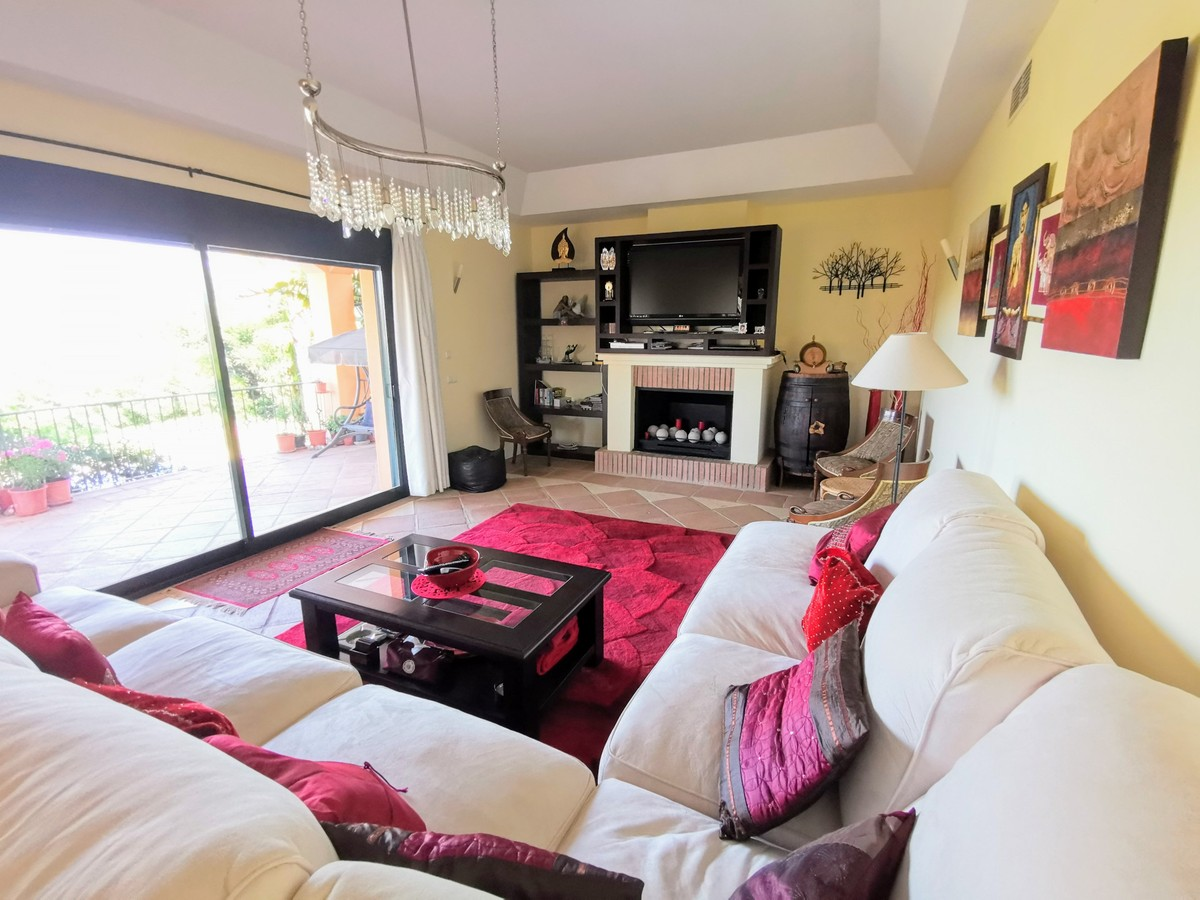 Villa de 4 dormitorios en venta en Sotogrande – R3678473