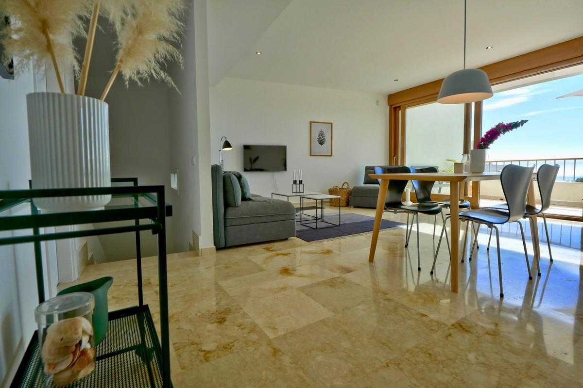 2 bedroom Apartment for sale in Altos de los Monteros – R3743038 in
