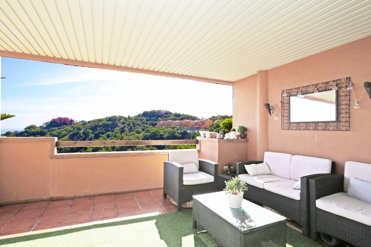 3 bedroom Apartment for sale in Elviria – R3752437