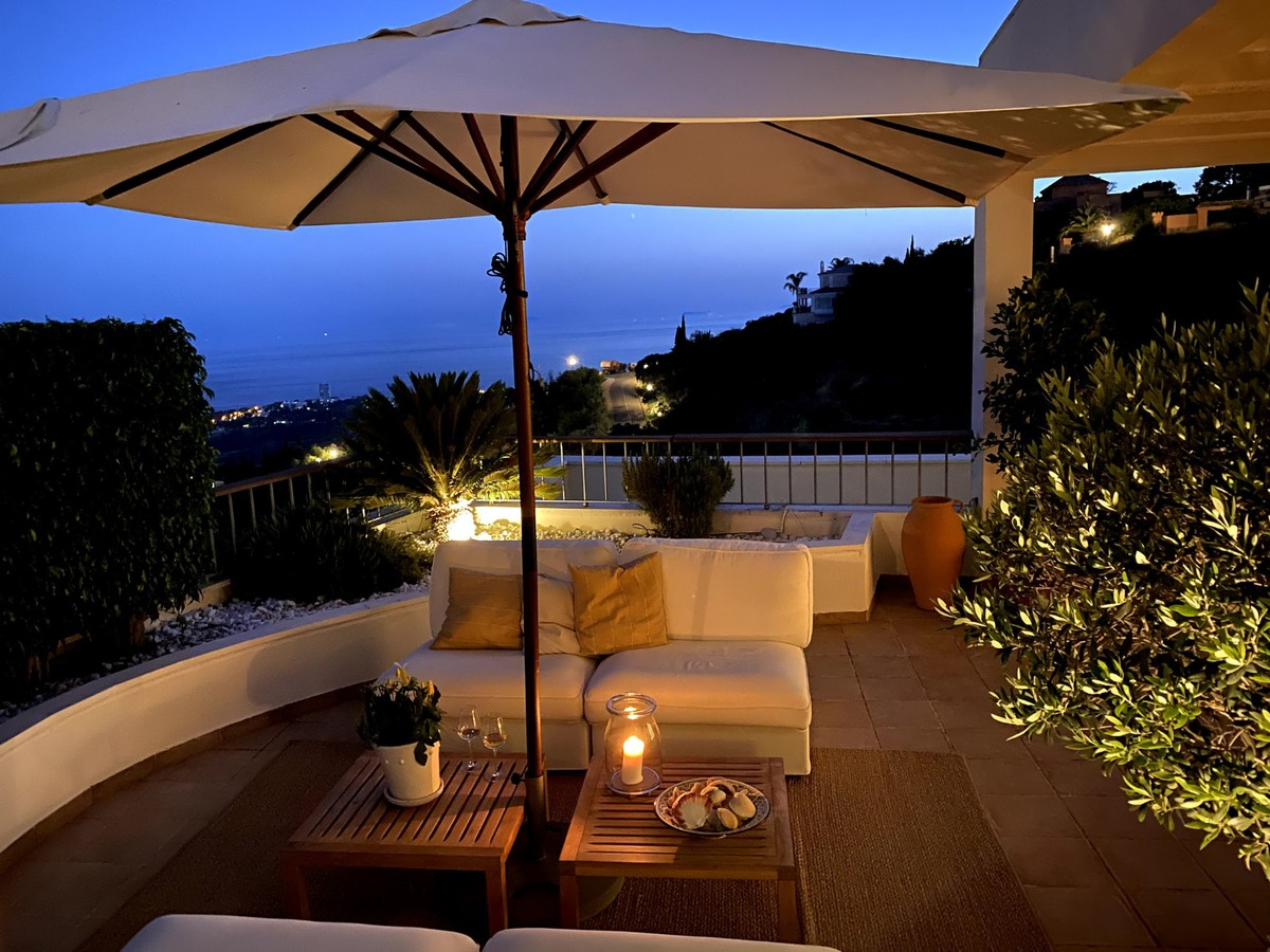Atico de 3 dormitorios en venta en Altos de los Monteros – R3743005 en