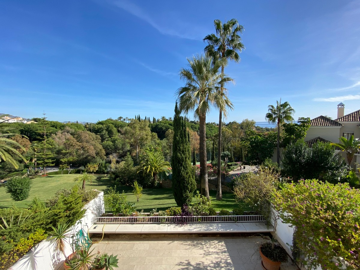 3 bedroom Apartment for sale in Marbella – R3738352