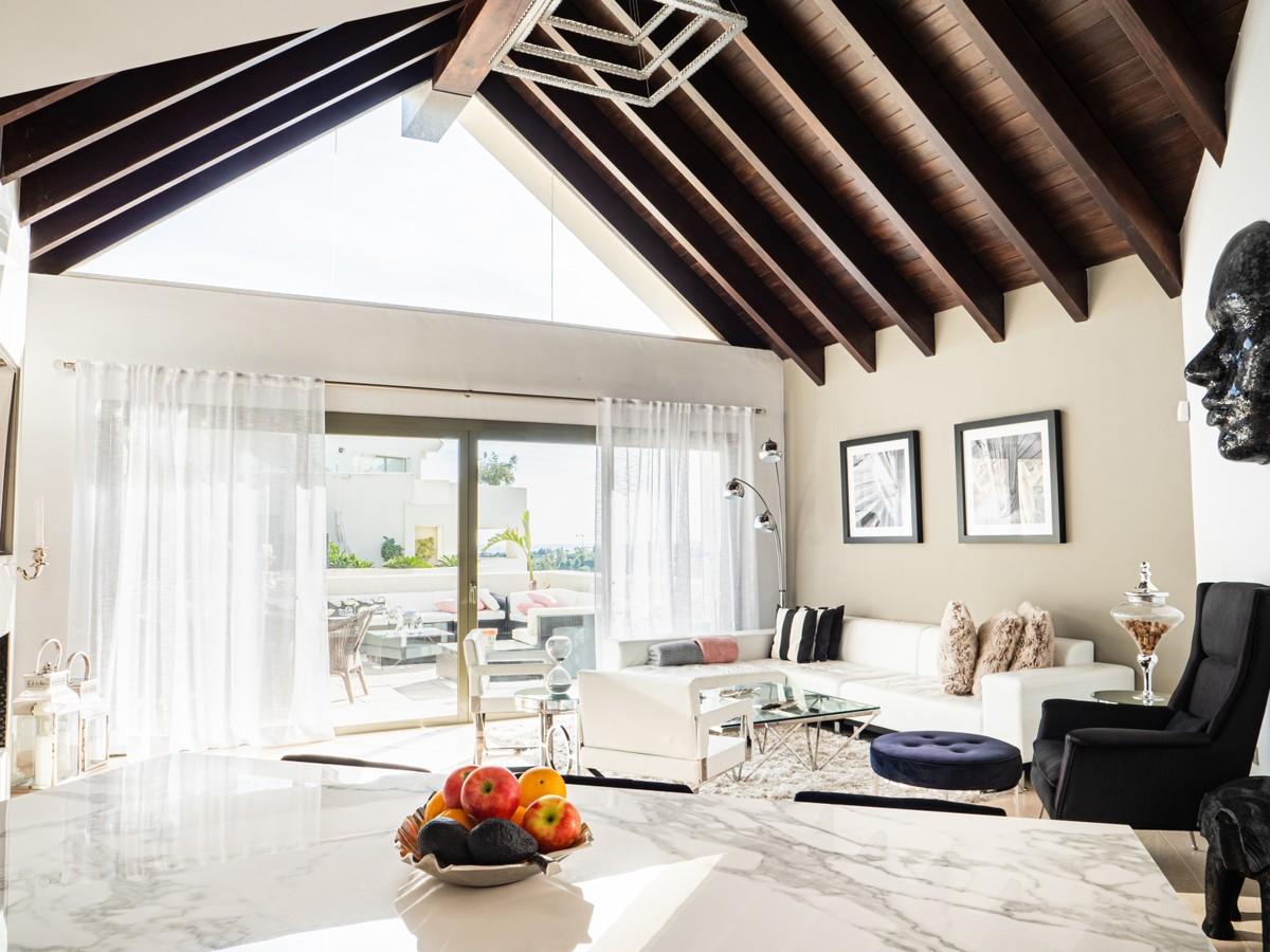 Atico de 3 dormitorios en venta en Los Flamingos – R3750478 en