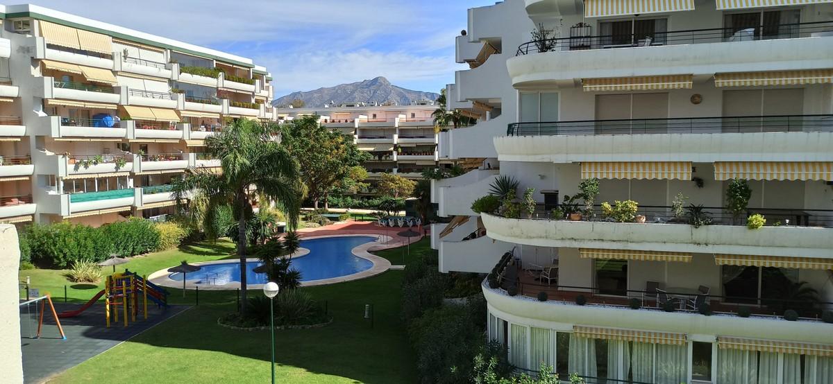 2 bedroom Apartment for sale in Guadalmina Alta – R3745453 in