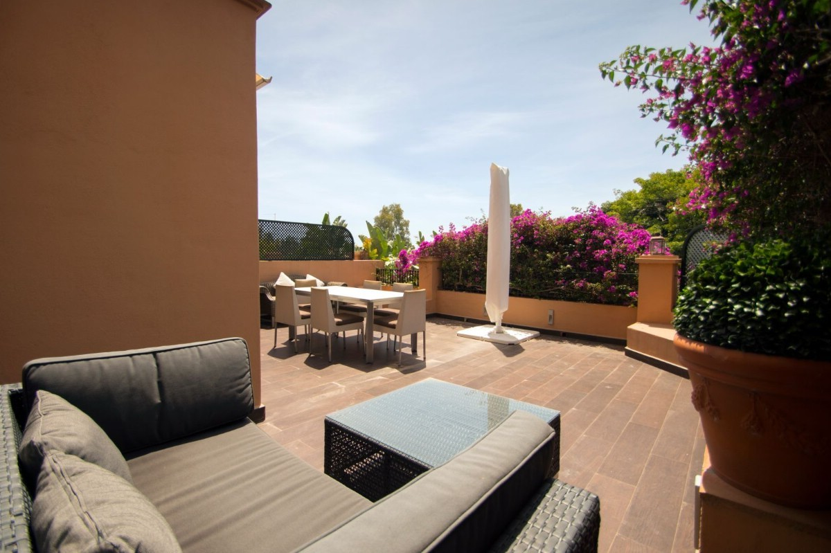 2 bedroom Apartment for sale in Guadalmina Alta – R3525241 in