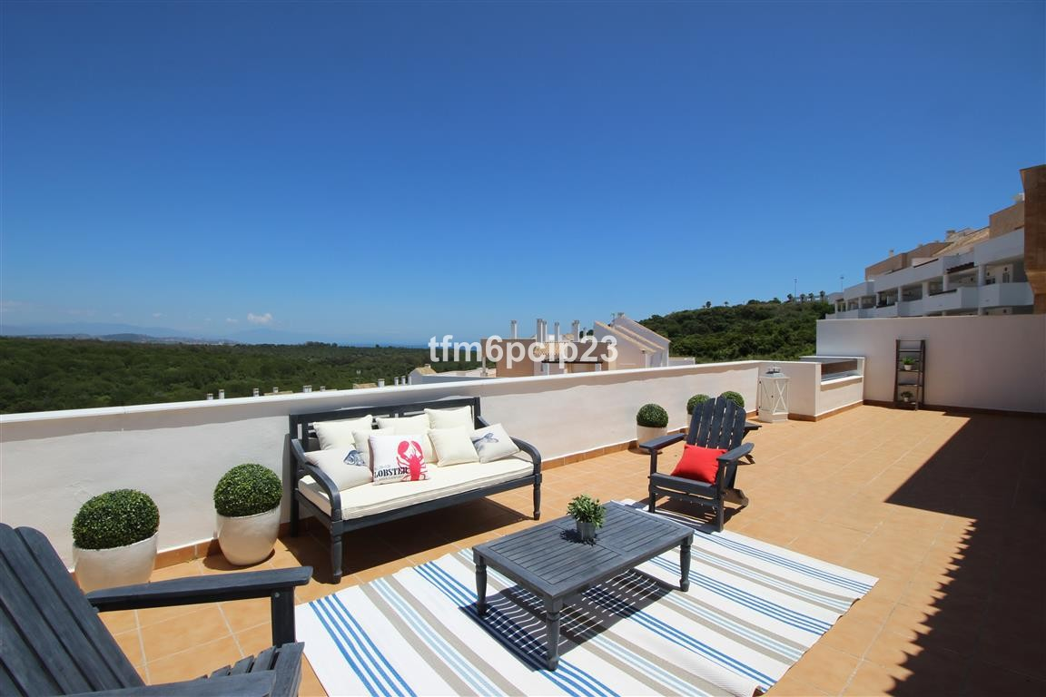 3 bedroom Penthouse for sale in San Roque – R2775536