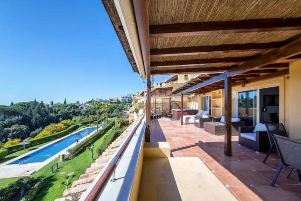 Atico de 3 dormitorios en venta en Sierra Blanca – R3426400 en
