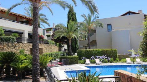 3 bedroom Apartment for sale in Sierra Blanca – R3556195
