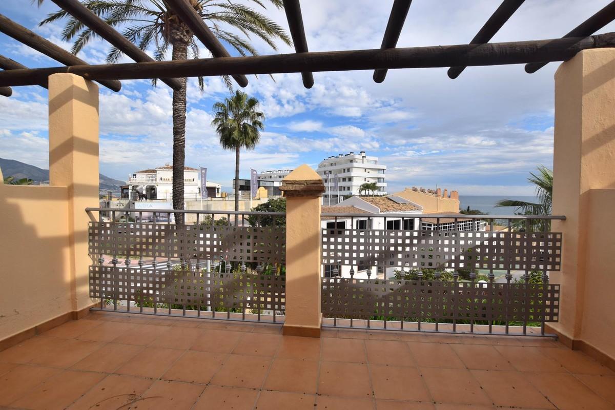 Apartamento de 2 dormitorios en venta en Mijas Costa – R3767035 en