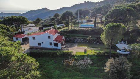 3 bedroom Finca for sale in Estepona – R3771148