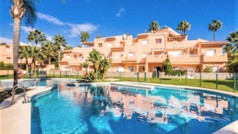 Apartamento de 3 dormitorios en venta en Carib Playa – R3768619 en