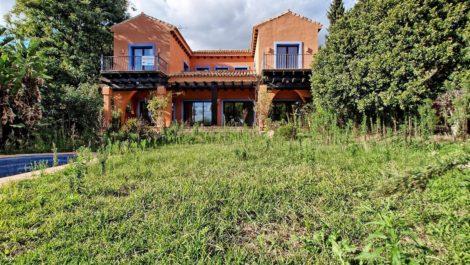 Villa de 4 dormitorios en venta en Hacienda Las Chapas – R3060022 en