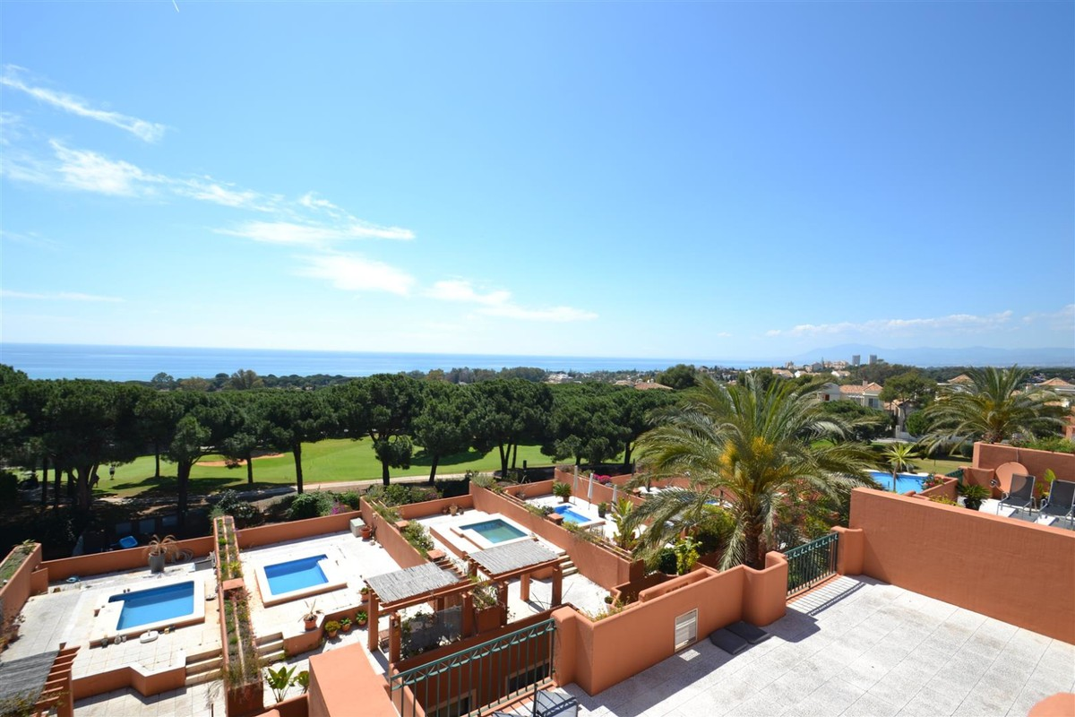 2 bedroom Apartment for sale in Cabopino – R3391936