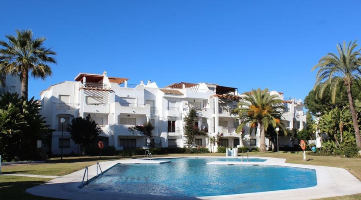 4 bedroom Townhouse for sale in Costalita – R3133054