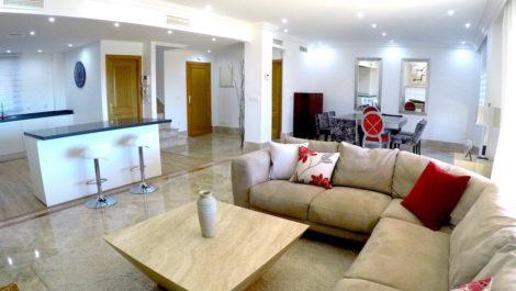 Villa Pareada de 4 dormitorios en venta en Santa Clara – R3468373 en