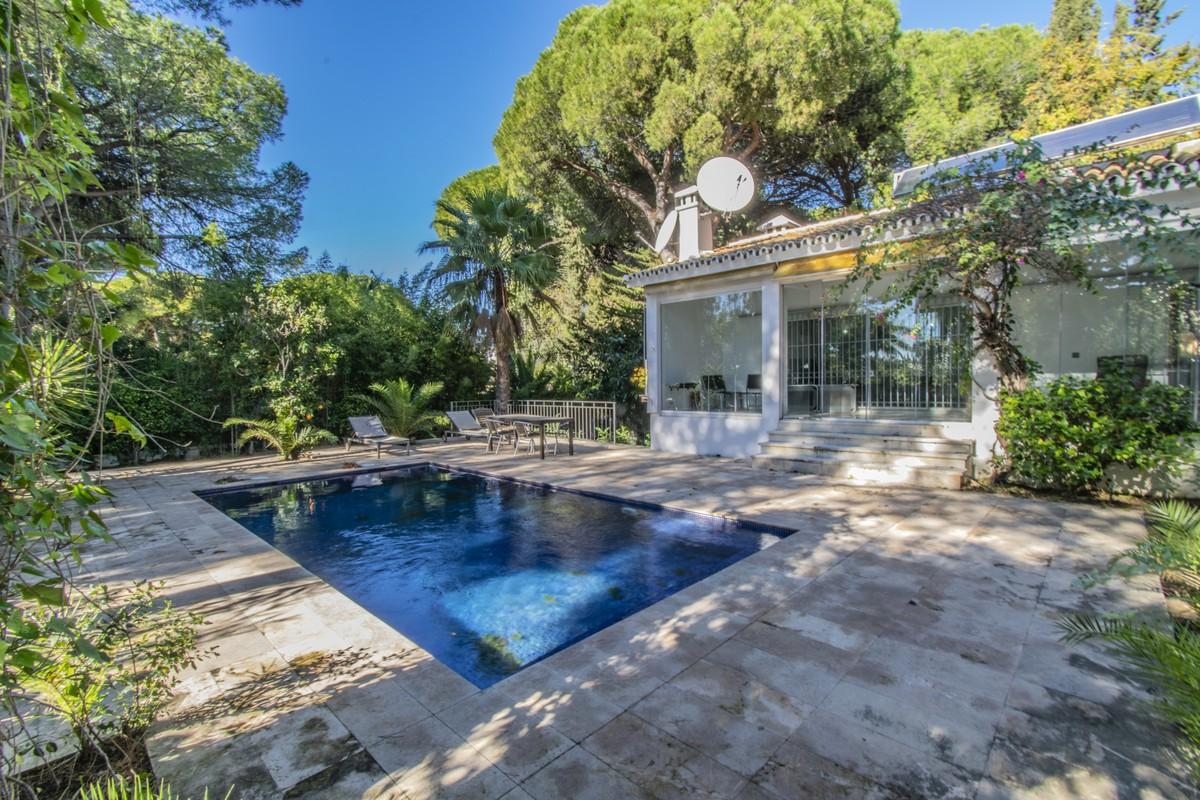 3 bedroom Villa for sale in The Golden Mile – R3779971