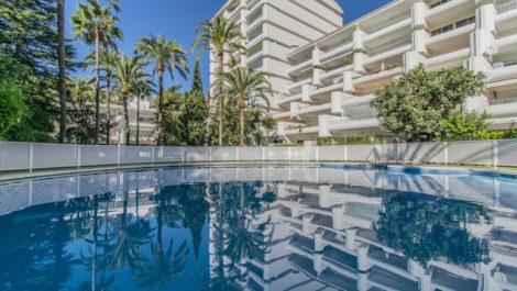 1 bedroom Apartment for sale in Marbella – R3740839