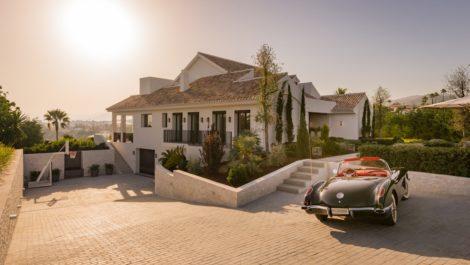 6 bedroom Villa for sale in Elviria – R3678986