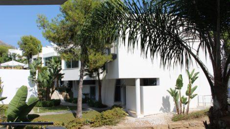 3 bedroom Townhouse for sale in Sierra Blanca – R3766102