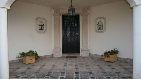 Villa de 5 dormitorios en venta en Guadalmina Baja – R3668579 en