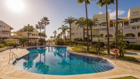 2 bedroom Apartment for sale in Elviria – R3335068