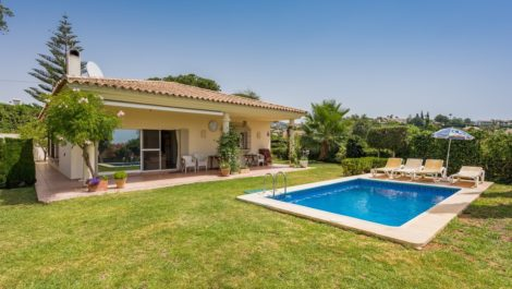 3 bedroom Villa for sale in El Rosario – R3513787 in