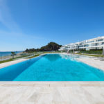 Frontline-beach-apartment-swimming-pool-2
