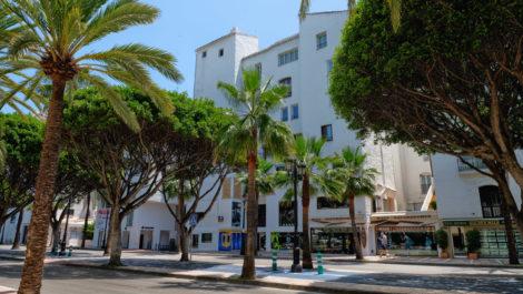 Apartment for sale in Puerto Banus, Marbella in Marbella
