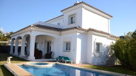 4 bedroom Villa for sale in Miraflores – R2206670 in