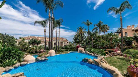 Apartamento de 2 dormitorios en venta en Sierra Blanca – R3254449 en