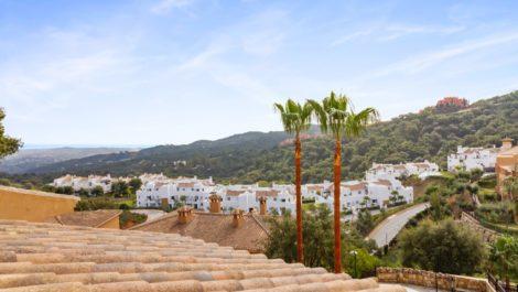 Atico de 3 dormitorios en venta en La Mairena – R3518689 en