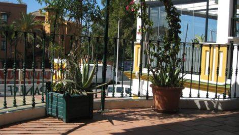 Local Comercial en venta en Estepona – R2440517
