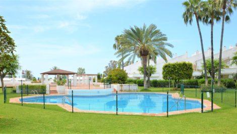 2 bedroom Townhouse for sale in Estepona – R3870601