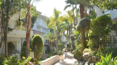 Atico de 3 dormitorios en venta en Guadalmina Baja – R3838957 en