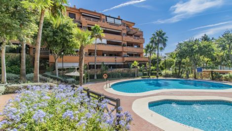 2 bedroom Penthouse for sale in The Golden Mile – R3858418 in
