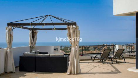 Atico de 3 dormitorios en venta en Riviera del Sol – R3847882 en