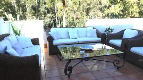 Atico de 3 dormitorios en venta en Estepona – R3738070 en