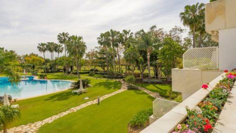4 bedroom Apartment for sale in Las Brisas – R3833200 in