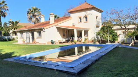 Villa de 3 dormitorios en venta en Sotogrande – R3829192 en