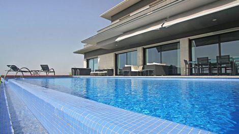 Villa de 5 dormitorios en venta en Altos de los Monteros – R3799762 en