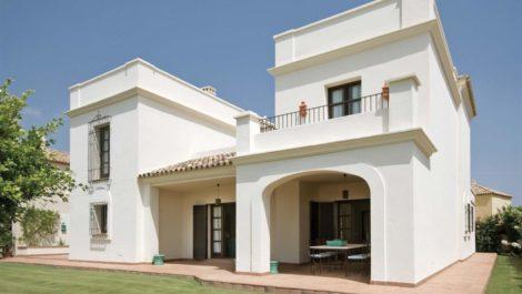 Villa de 4 dormitorios en venta en Sotogrande Alto – R3586255 en