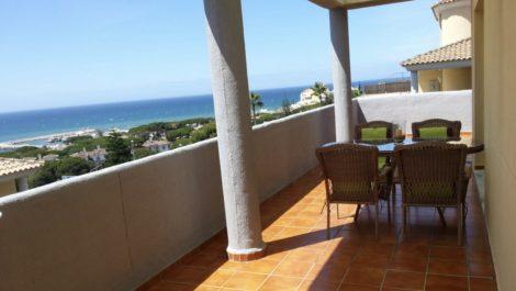 Atico de 2 dormitorios en venta en Cabopino – R3680426 en