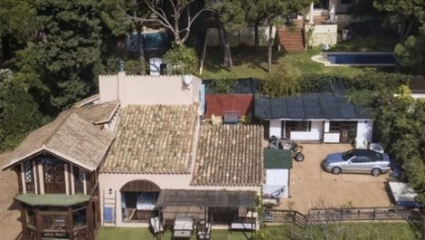 Villa de 5 dormitorios en venta en Artola – R3854962 en