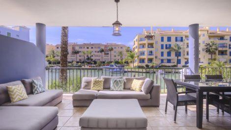 Apartamento de 4 dormitorios en venta en Sotogrande Puerto – R3798367 en