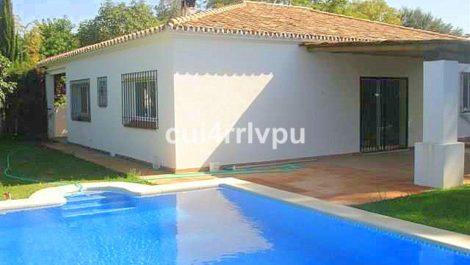 Villa de 4 dormitorios en venta en Cabopino – R3834274 en