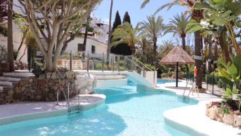 3 bedroom Apartment for sale in Elviria – R2926604