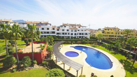 3 bedroom Penthouse for sale in Costalita – R3663377 in