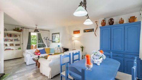 Adosado de 4 dormitorios en venta en Estepona – R3893938